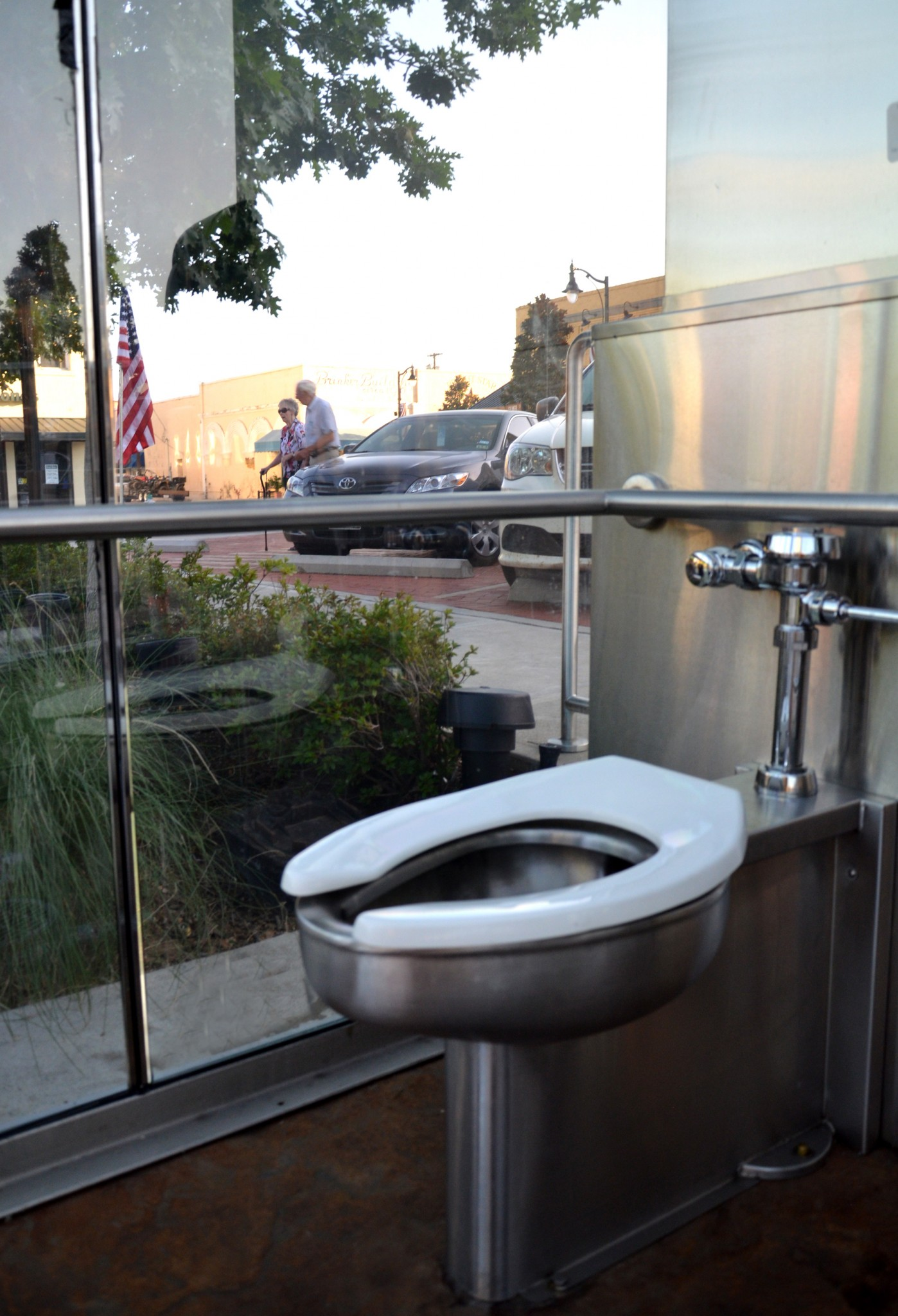Check Out America S Best Restrooms And Vote For Your